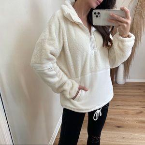 Reposh Winter Dreams Pullover Sweater